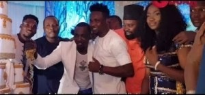 Video: Omo Banke, Taye Currency & Friends Cuts Cake With Pasuma As They Also Spray Him With Lots Of Cash l